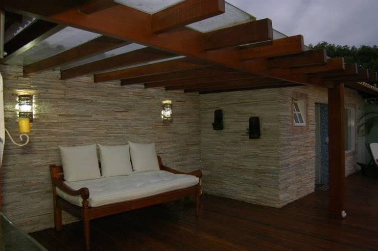 Terrazas de estilo translation missing: co.style.terrazas.rustico por Gisele Ribeiro Arquitetura
