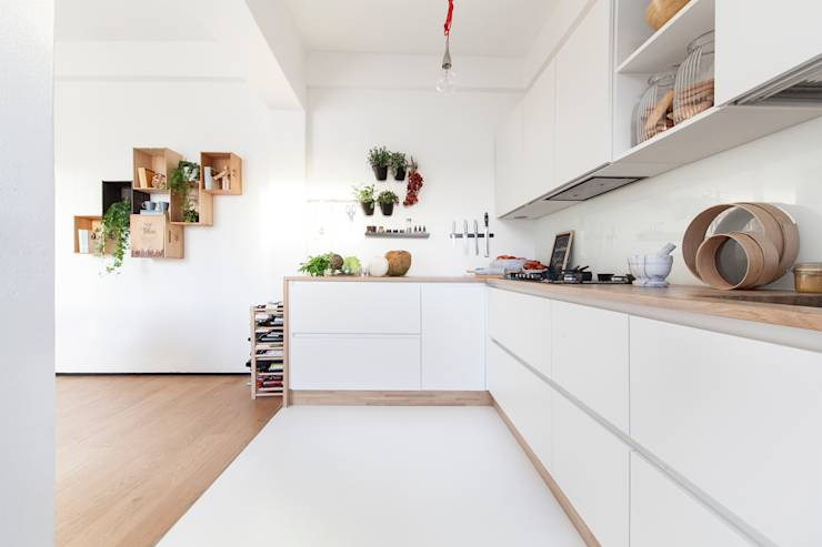 translation missing: eg.style.مطبخ.minimalist مطبخ تنفيذ Paolo Didonè Devvy Comacchio Architects