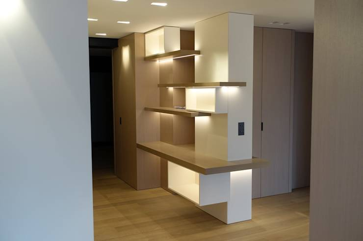 10 estanter as modernas para dividir espacios en tu casa - Estanterias separadoras de ambientes ...