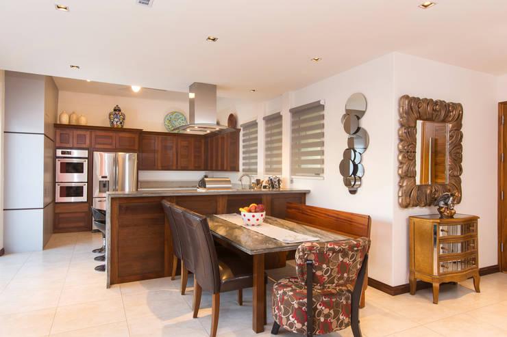 Una casa moderna que lo tiene todo - Cocina comedor integrados ...