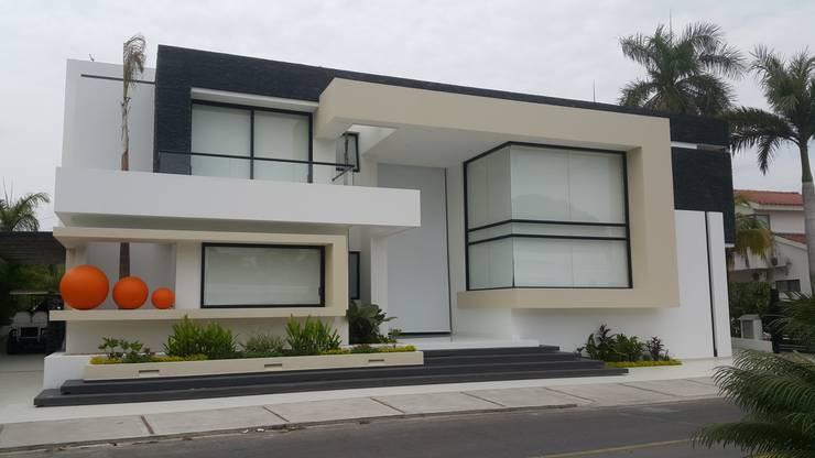 7 trucos para que tengas una fachada espectacular - Arquitectos casas modernas ...