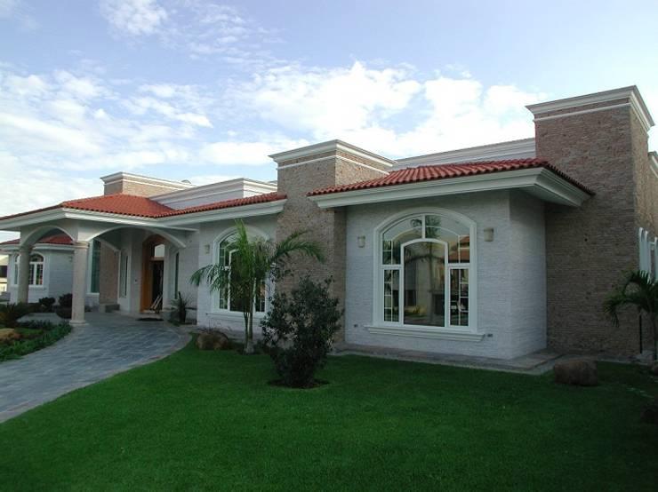 11 modelos de janelas para deixar sua fachada linda for Fachadas de ventanas para casas modernas
