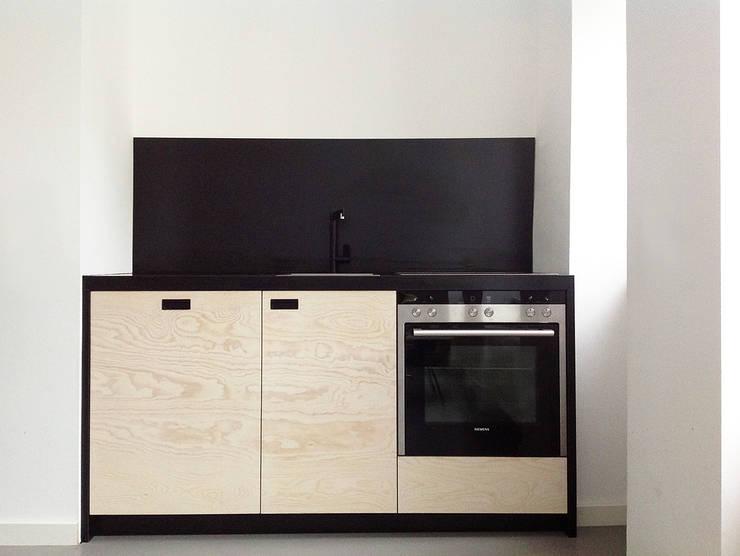 modern Kitchen by Maison du Bonheur