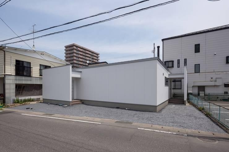 外観: LITTLE NEST WORKSが手掛けたtranslation missing: jp.style.家.modern家です。