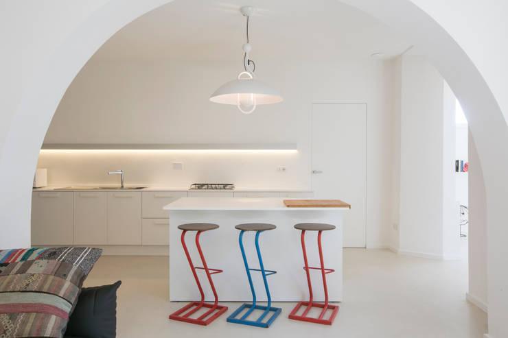 Cocinas de estilo mediterraneo por mc2 architettura