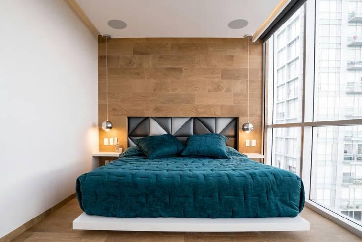DEPARTAMENTO EN PARQUES POLANCO, CDMX: Recámaras de estilo moderno por HO arquitectura de interiores