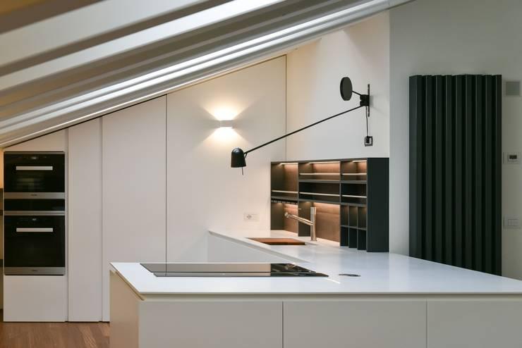 minimalistische Küche von Claude Petarlin