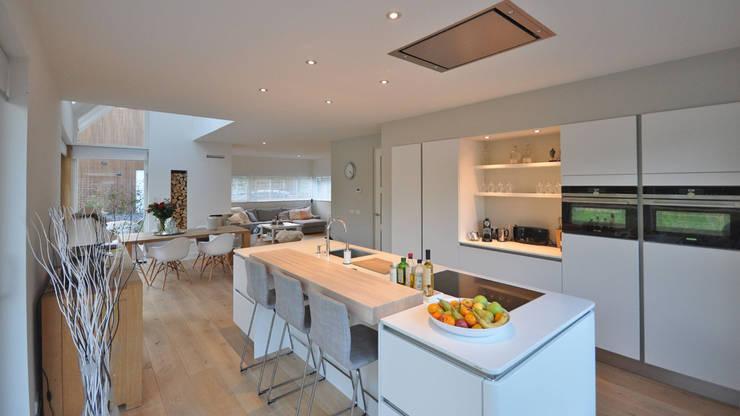modern Kitchen by Bongers Architecten