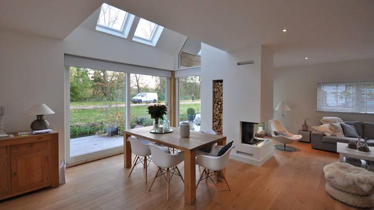 modern Dining room by Bongers Architecten