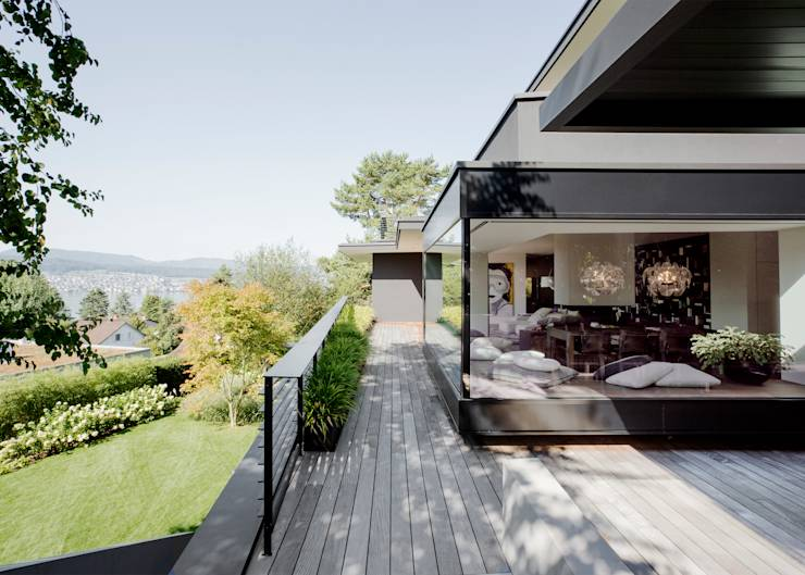 modernes haus mit berraschungseffekt. Black Bedroom Furniture Sets. Home Design Ideas