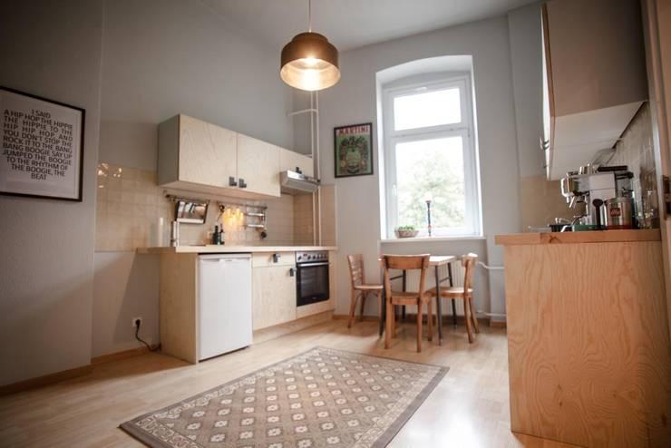 scandinavian Kitchen by woodboom