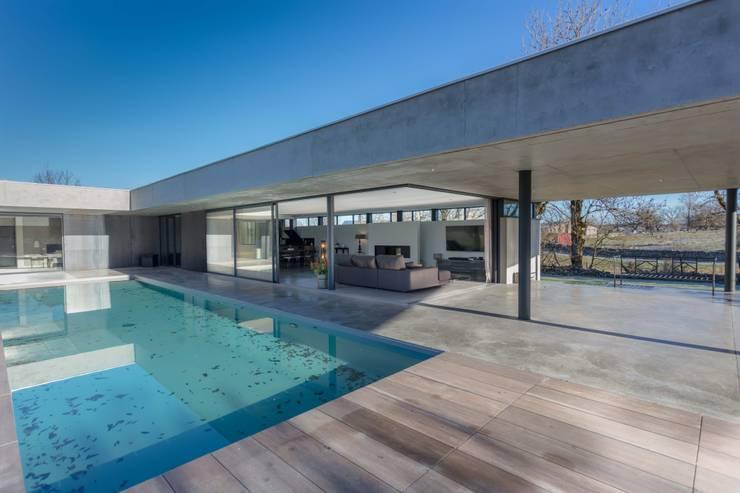 maison onet l eglise par hugues tournier architecte homify. Black Bedroom Furniture Sets. Home Design Ideas
