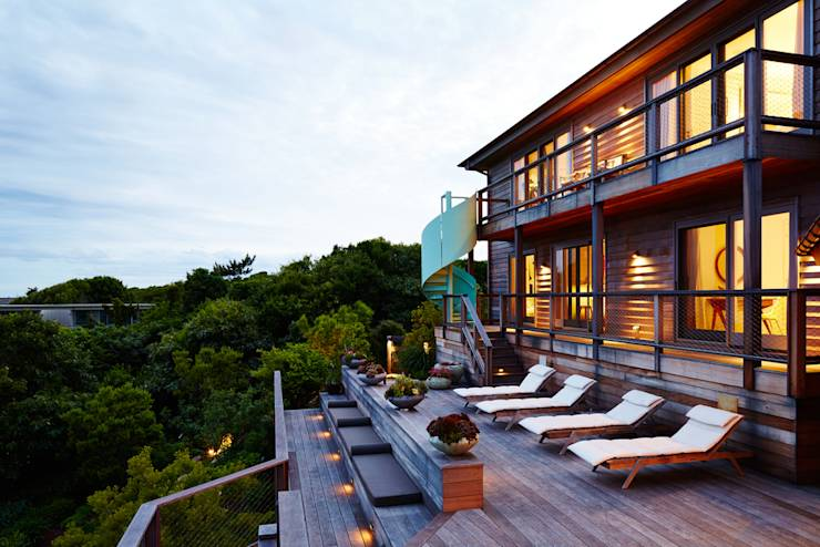 Old Montauk Highway House: translation missing: us.style.terrace.modern Terrace by SA-DA Architecture