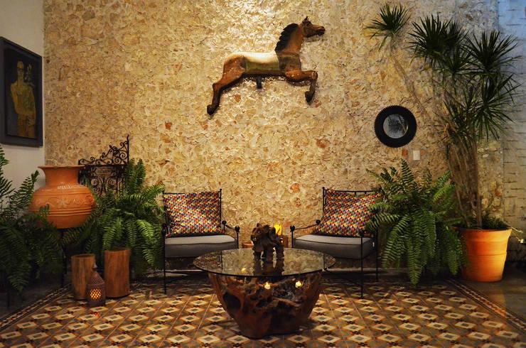 Casa 56: Terrazas de estilo translation missing: mx.style.terrazas.colonial por Workshop, diseño y construcción