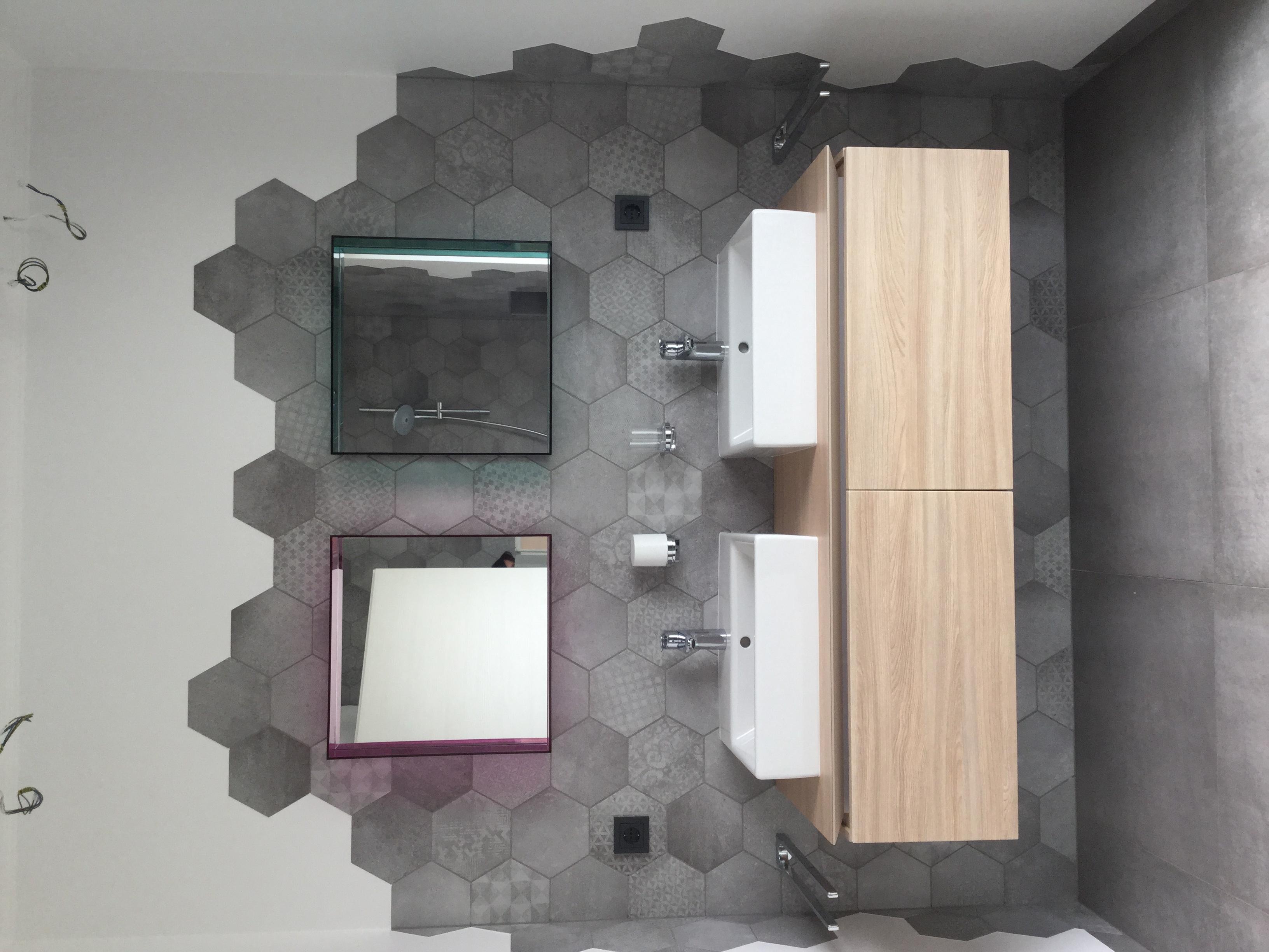 r novation d 39 une salle de bain by architecte d 39 int rieur d 39 aries aur lie homify. Black Bedroom Furniture Sets. Home Design Ideas