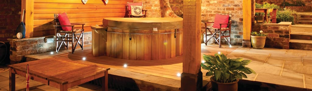 Cedar Hot Tubs UK