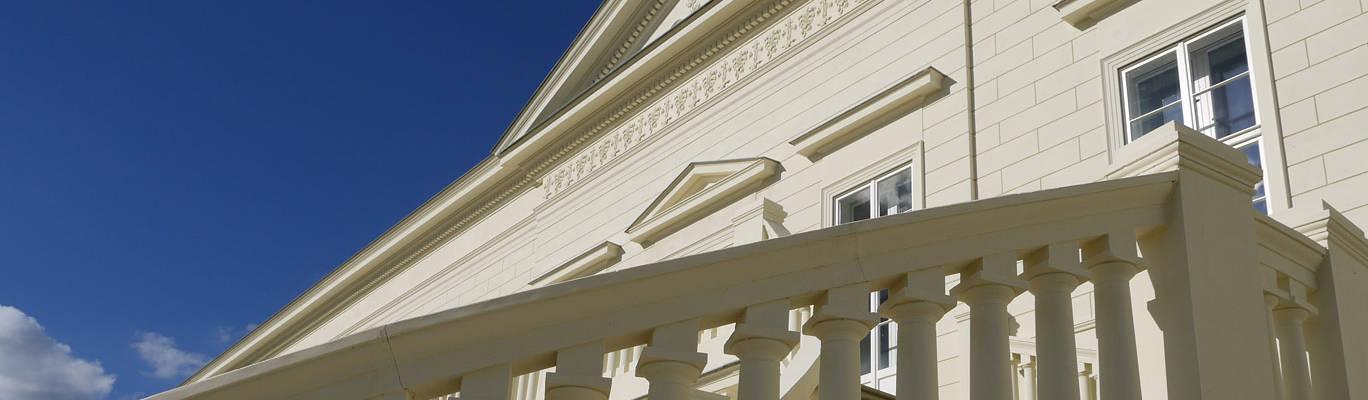 TRAX-MATTHIES Säulen Balustraden Stuck