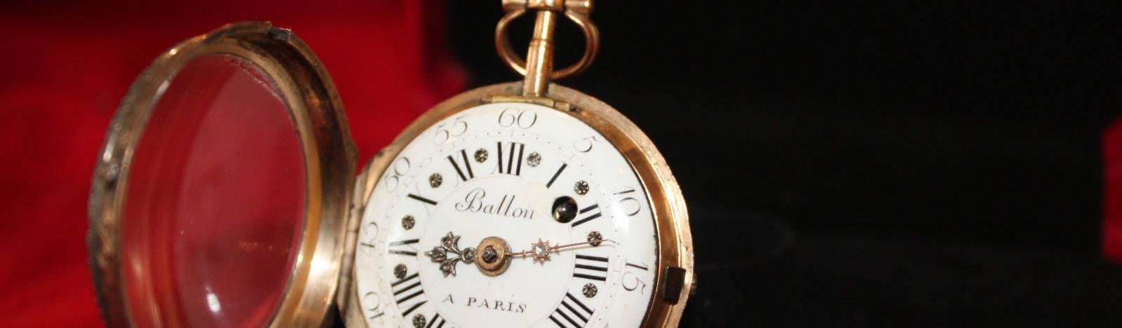London Antique Clock Centre