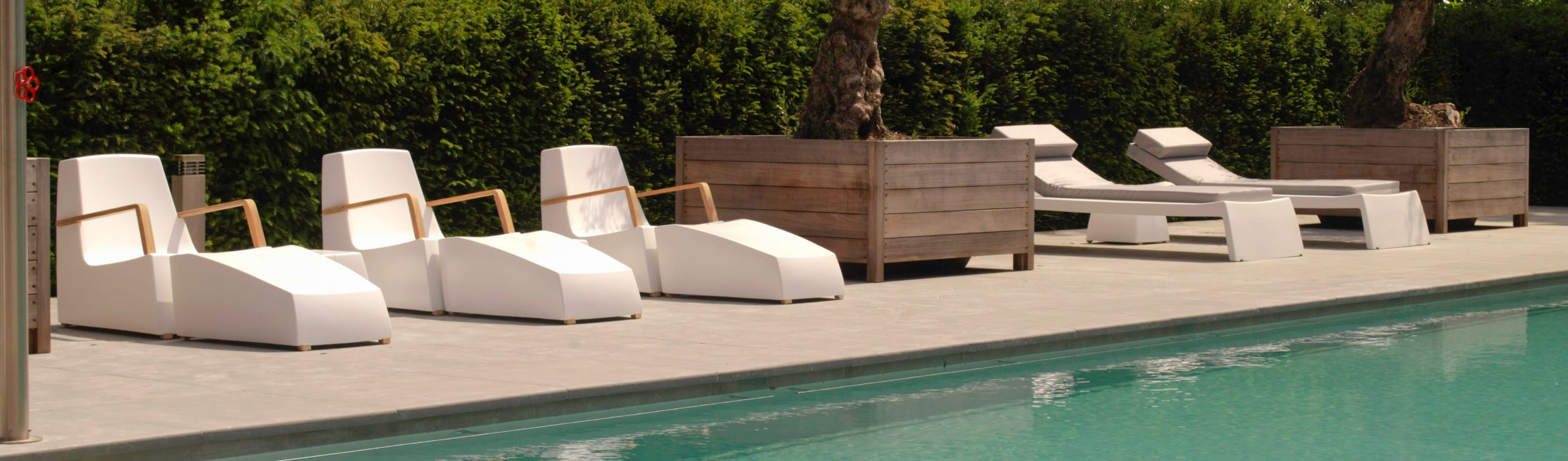 ONE TO SIT— indoor & outdoor furniture