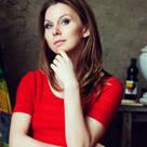 Nataly Komova