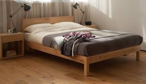 Sahara Bed: scandinavian Bedroom by We make a range of solid wooden beds, bedroom furniture and bedding.