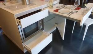 QBETTO: Cucina in stile  di SteellArt