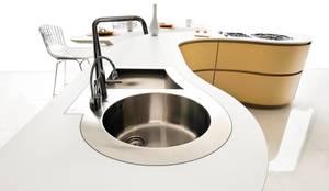 modern Kitchen by ARTE CUCINE/ PEDINI SAN ANGEL