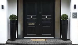 Puertas y ventanas de estilo moderno por Boscolo
