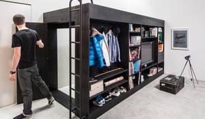 Salas de estilo minimalista por Living Cube Furniture