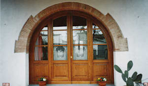 Windows & doors  by Falegnameria Martinelli Sergio