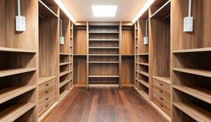 moderne Schlafzimmer von Piwko-Bespoke Fitted Furniture