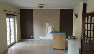 Remodelação de Apartamento em Samara Correia:   por NOVACOBE - Construção e Reabilitação, Lda.