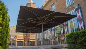 Solero Basto commercial parasol 5x5m:  Garden  by Solero