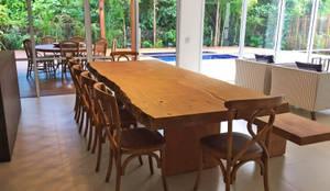 ArboREAL - Mesa de Jantar Rústica: Sala de jantar  por ArboREAL Móveis