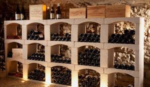 Classic wijnrek van steen.: klasieke Wijnkelder door Exaro