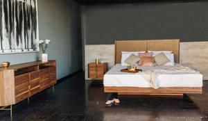 Recámara de madera Medera: Recámaras de estilo moderno por TRRA