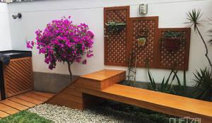Diseño de Jardines:  de estilo  por Quetzal Jardines