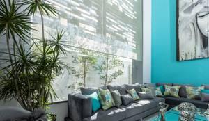 Persiana Zircon: Puertas y ventanas de estilo moderno por 3P Soluciones