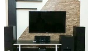 TV Unit with storage below: modern Living room by Kriyartive Interior Design