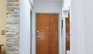 Diseño de Living - Puerta de entrada: Pasillos, vestíbulos y escaleras  de estilo  por Arquimundo 3g - Diseño de Interiores - Ciudad de Buenos Aires