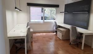 Muebles dobles: Oficinas y tiendas de estilo  por SIMPLEMENTE AMBIENTE mobiliarios