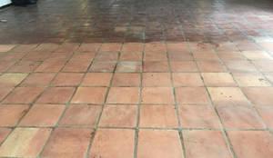Suelo decapado:  de estilo  de Cuidado del Hogar, tienda online de productos de limpieza y tratamiento para el suelo