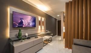 Sala reversível e hall de entrada : Sala de estar  por Espaço Arquitetural | Arquitetos em Natal