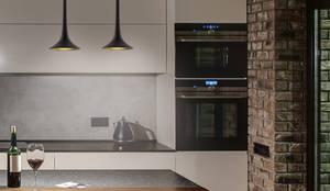 Black Loft Ceiling Single Pendant Light Brass lights: minimalist  by Luxury Chandelier, Minimalist Copper/Bronze/Brass
