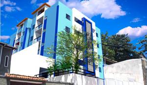 Solar das Palmeiras:   por ARQ-PB Arquitetura e Construção