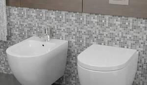Coppia di Sanitari Sospesi Wc e Bidet In Ceramica 36x55x33 Cm Vorich Vortix Bianco: Bagno in stile  di GiordanoShop