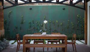 Terraza C. Naranjo / Después:  de estilo  por Soma & Croma,
