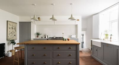 ​7 stylish choices for your coloured kitchen