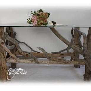 Table de salon en bois flot