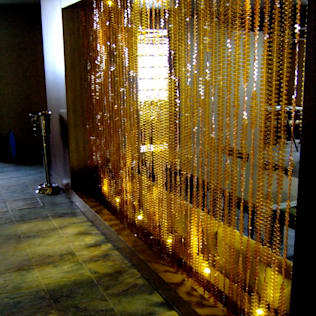 por Memories of a Butterfly: bead curtains/screens/installations/Hanging Sculptures Moderno